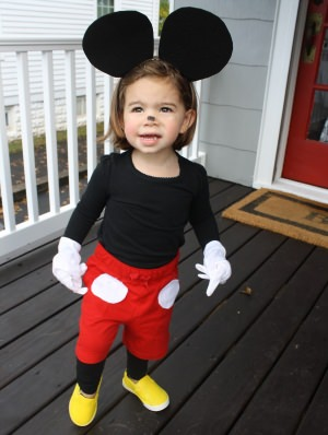 simple mickey mouse costume