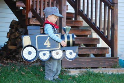 train costume diy